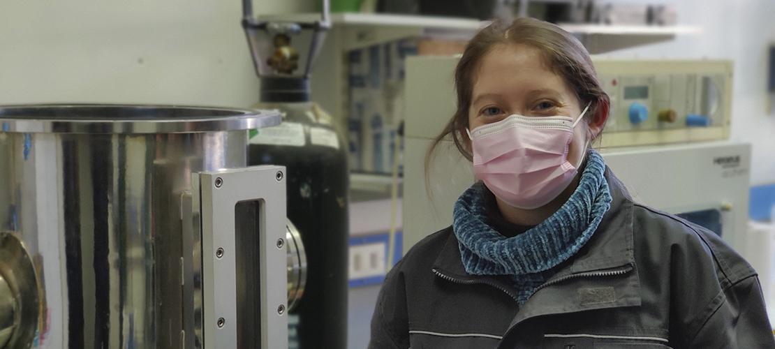 Mirtha Ríos Silva, bioquímica, Doctora en Biotecnología y post Doctora en Biotecnología. Actualmente, se especializa en nanociencias.